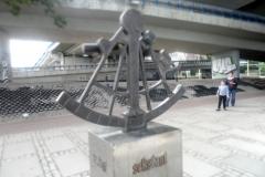 monument sekstantu 2